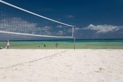 stranden mexico förtjänar volleyboll royaltyfri foto