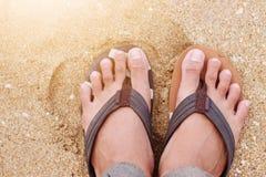 Stranden op de kust op vakantie royalty-vrije stock afbeelding