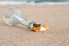 stranden ringer bröllop Royaltyfria Bilder