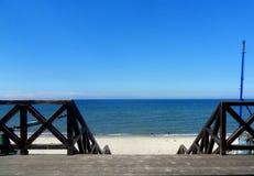 Stranden väntar på dig royaltyfri foto