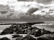 Stranden vaggar Royaltyfria Foton