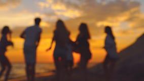 Strandfest Zeitlupeunschärfeschießen stock video footage