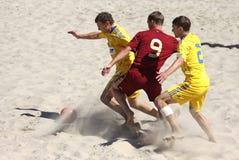 Strandfußballspiel zwischen Ukraine und Russland Stockfoto