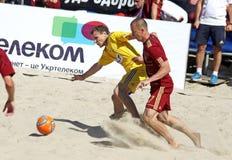 Strandfußballspiel zwischen Ukraine und Russland Lizenzfreie Stockfotografie