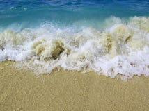 Strandgolven Royalty-vrije Stock Afbeeldingen