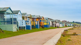 Strandhütten auf der Kent-Küste Stockfotografie
