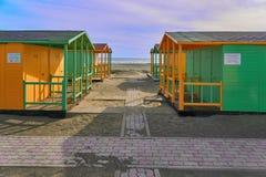 Strandhausgelb und -GRÜN stockfotografie