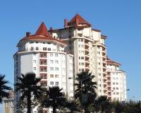 Strandhotel lizenzfreie stockbilder