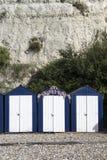 Strandhutten bij Bier, Devon, het UK. Stock Afbeeldingen