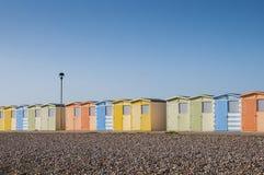 Strandhutten in Seaford, Sussex, het UK. Stock Foto's