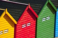 Strandkojor i Whitby Royaltyfri Bild