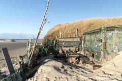 Strandkojor och annan anmärker ut ur vrakgods och vrakgods Royaltyfri Fotografi