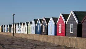 Strandkojor på Southwold, Suffolk, UK. royaltyfri fotografi