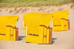 Strandkorb de chaises en osier de plage Image stock