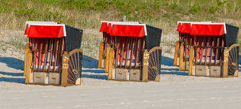 Strandkorb, Strandkoerbe, sedie di spiaggia Immagine Stock Libera da Diritti