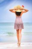 strandkvinnabarn Arkivbild