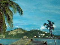 Strandlandskap San Juan del Sur Nicaragua med statyn Jesus Chr Royaltyfri Bild