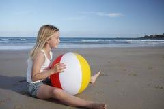 Strandmädchen. Lizenzfreie Stockbilder