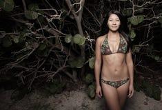 strandmangroveskvinna royaltyfria foton