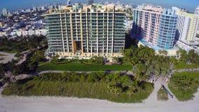 Strandnahe Eigentumswohnung und Miami Beach stock video