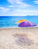 strandparaplyer royaltyfria foton