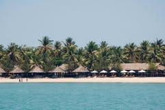 Strandplats, tropikerna, Stilla havet Gammalt fotofilter Arkivfoto