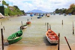 StrandPraia gör Ribeiro, Vila Velha, Espiriro Santo, Brasilien Fotografering för Bildbyråer