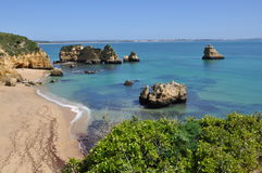PraiaDona Ana, Algarve, Portugal, Europa Royaltyfri Fotografi