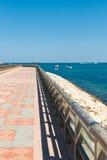 Strandpromenade lizenzfreie stockfotografie