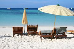 Strandregenschirm Stockfoto