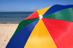 Strandregenschirm Lizenzfreie Stockfotos