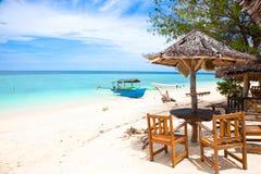 Strandrest pavillion in den Gili Inseln lizenzfreie stockfotografie