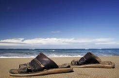 strandsandals royaltyfri bild