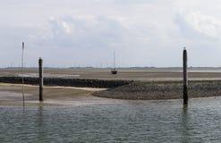 Strandsatt seglingskepp Arkivbild