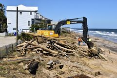 Strandschade door Orkaan Matthew wordt veroorzaakt die Royalty-vrije Stock Foto's