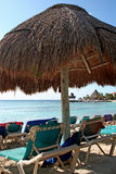Strandschirm Lizenzfreie Stockfotos