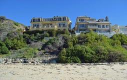 Strandsidan returnerar på Dana Strand Beach i Dana Point, Kalifornien Royaltyfri Fotografi