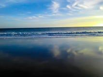 Strandsikt av havet Arkivfoto