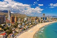 Strandskyskrapor och strand i Benidorm, Spanien royaltyfri foto