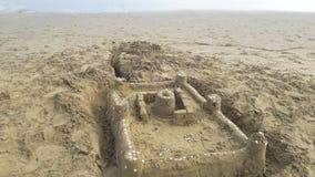 strandslott som göras sanden att skulptera form Royaltyfri Fotografi