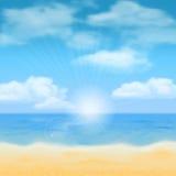 Strandsol och hav Royaltyfri Foto