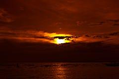 strandsolnedgång thailand Arkivfoto