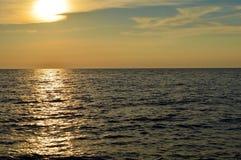 strandsoluppgång Arkivbilder
