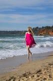 Strandspaziergang Stockfotos