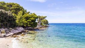 Strandstad av Rovinj i Kroatien Arkivbilder