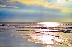 Strandtidvattensoluppgång på Hilton Head Island arkivfoton