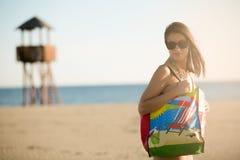 Strandtillbehör Gå till semestern för sandig strand Sats för startknapp för stil för sommarstrandmode Royaltyfri Foto