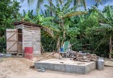 StrandtoalettBaracoa Kuba Arkivfoto