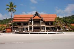 Strandurlaubsort-Hauptgebäude Stockbild