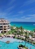 Strandurlaubsort in Mexiko lizenzfreies stockbild